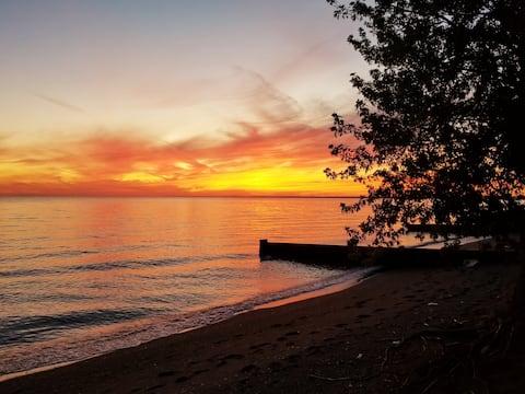 Sunset View Bunky Retreat -Beach/Explore/Relax :)