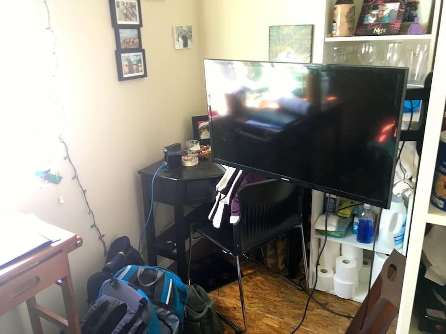 TV does not have cable but Internet and HDMI are both included
