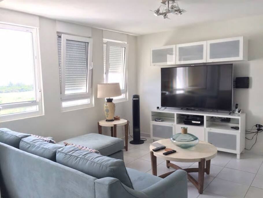 Relaxing Experience Out of Home! Living Room