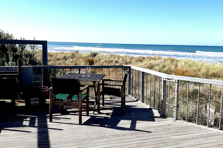 Gorgeous Views Stunning Location- Riversdale Beach