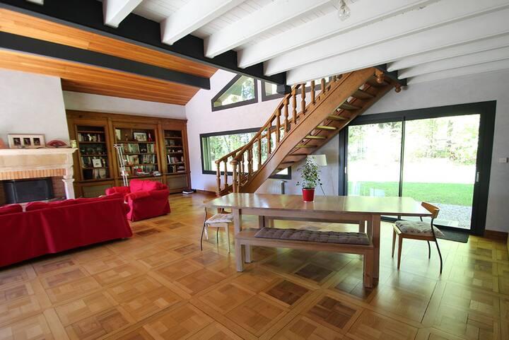 Grande Maison à la campagne proche d'Annecy