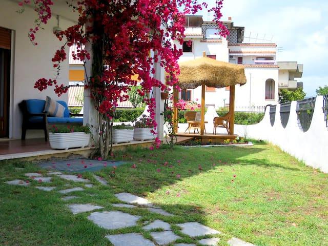 Casa Vacanze Ulysses' Sun Garden 2 - Minturno - Leilighet