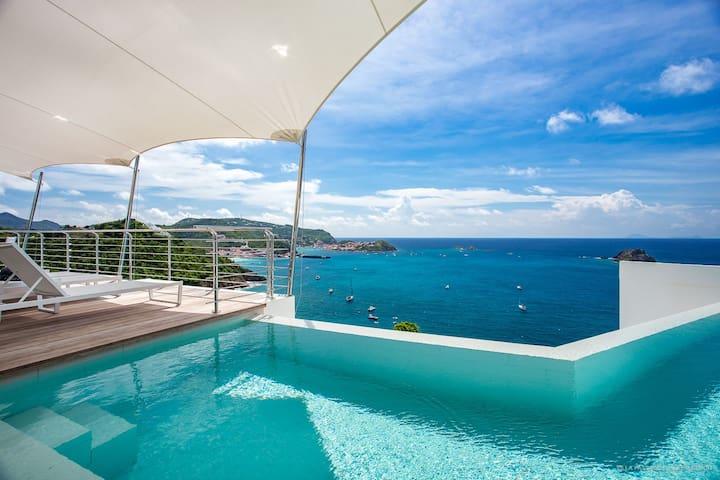 Villa Passage avec vues magnifiques sur mer
