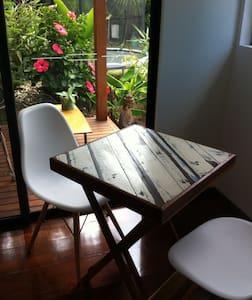 Private studio with own entrance - Casa