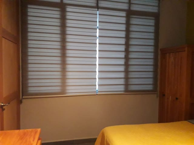 Modern and functional blinds of the bedroom of visits, that provide total privacy between this bedroom and the study.