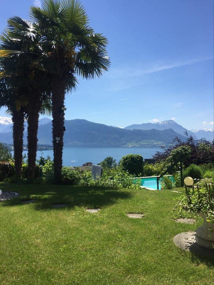 Zi.Nr2 - in Villa mit Pool & Traum- Aussicht