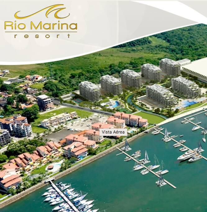 Vista do Condomínio com a Marina