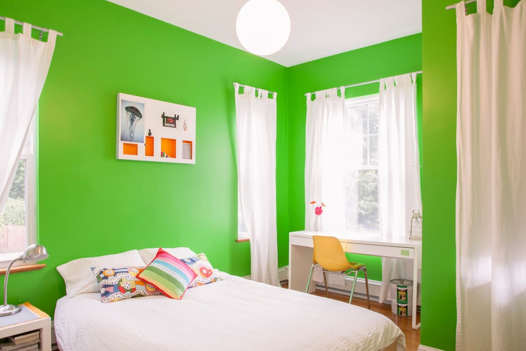 Your sunny, bright bedroom