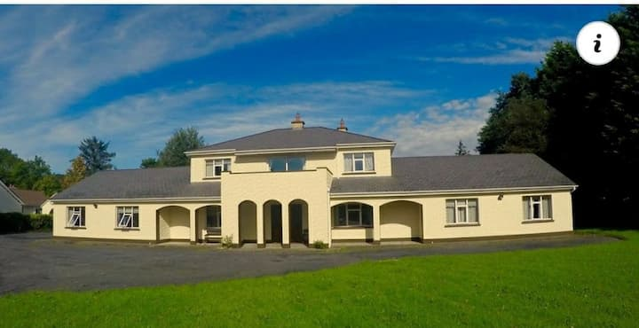 Nightingale's Cratloe Holiday Villa