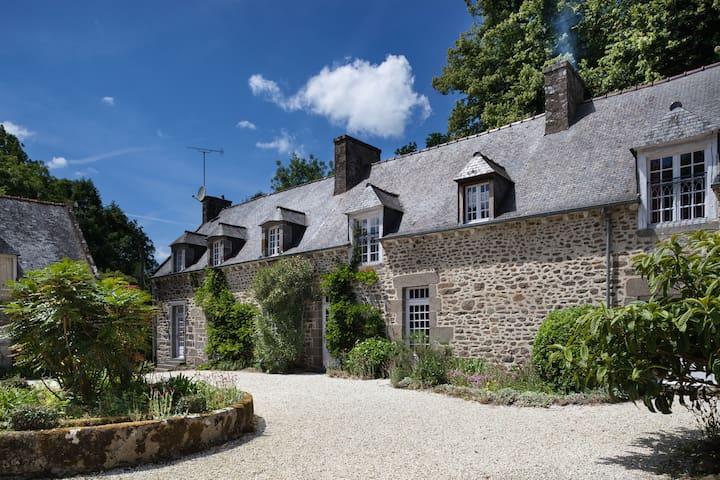 La Grande Sauvagère - Emeraude - Saint-Pierre-de-Plesguen - ที่พักพร้อมอาหารเช้า