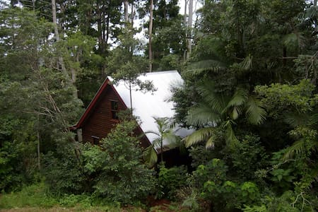Romantic Cottage close to Brisbane - Mt Glorious - Blockhütte