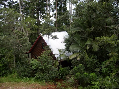 Romantic Cottage in Mount Glorious