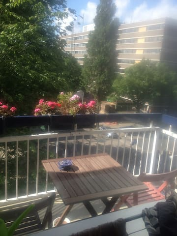 SpecialRoom for 2 person in Amsterdam near airport - Amsterdam - Apartment