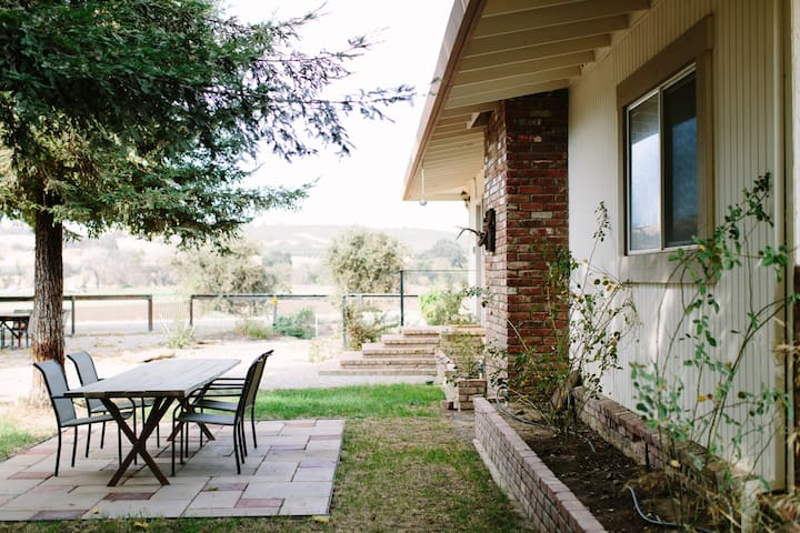 Johnny's Organic Farm Stay in the Capay Valley - Capay