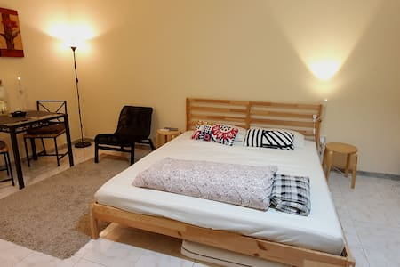 Very Clean, Fully Furnished Studio Downtown AD