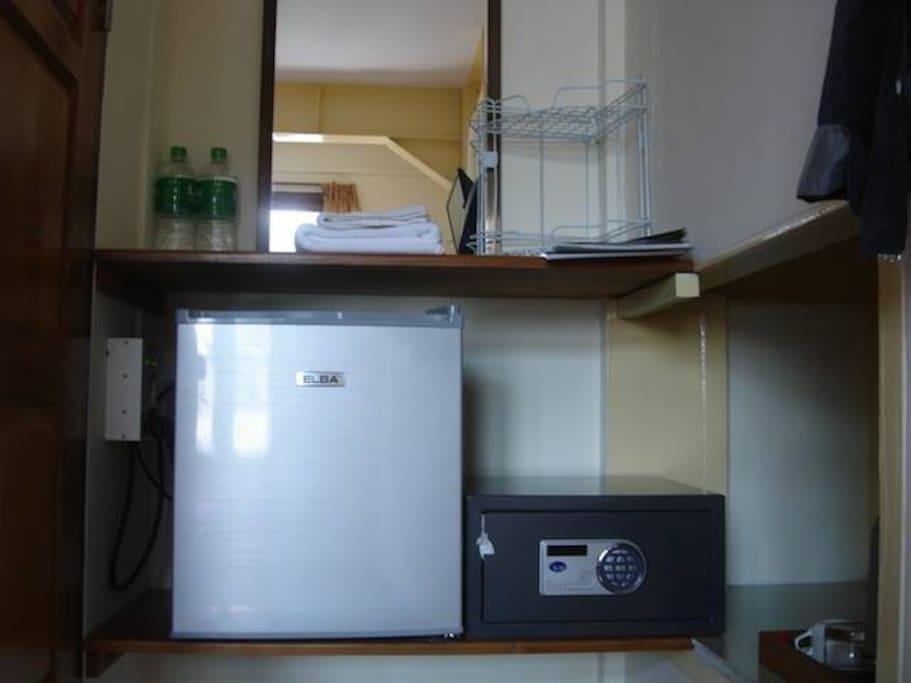 Refridgerator & Safe