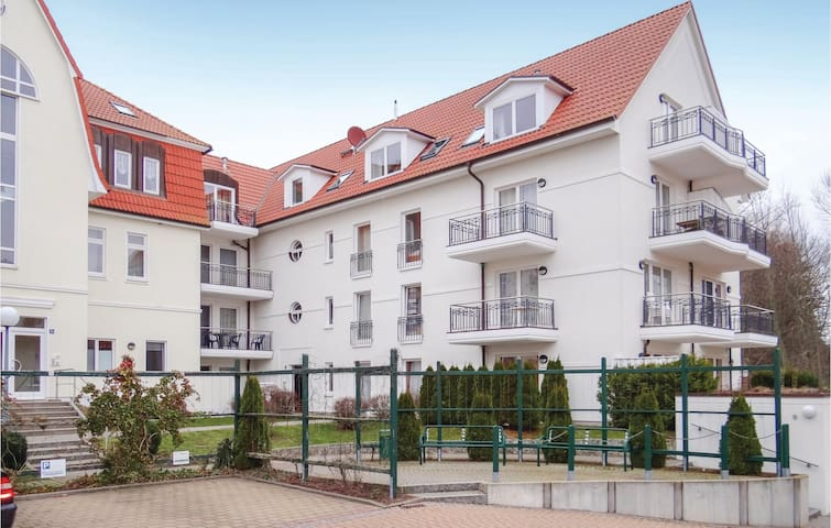Holiday apartment with 2 bedrooms on 68m² in Schwarzer Busch