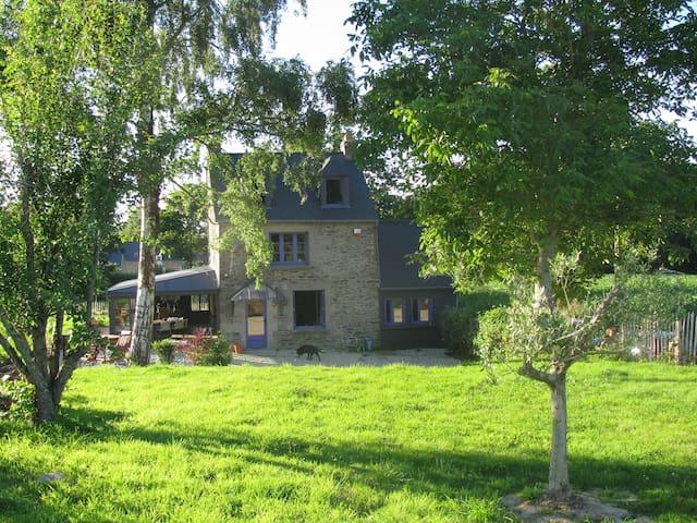 Maison campagne avec piscine entre Dinard et Dinan - Pleslin-Trigavou