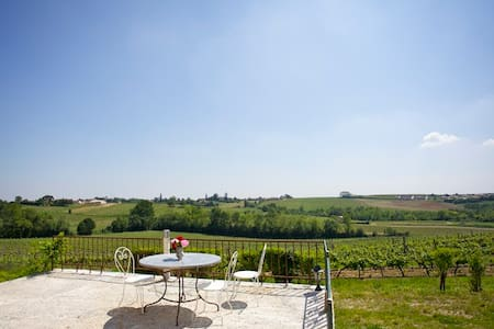 Rental with pool near Bordeaux  - Langoiran - Haus