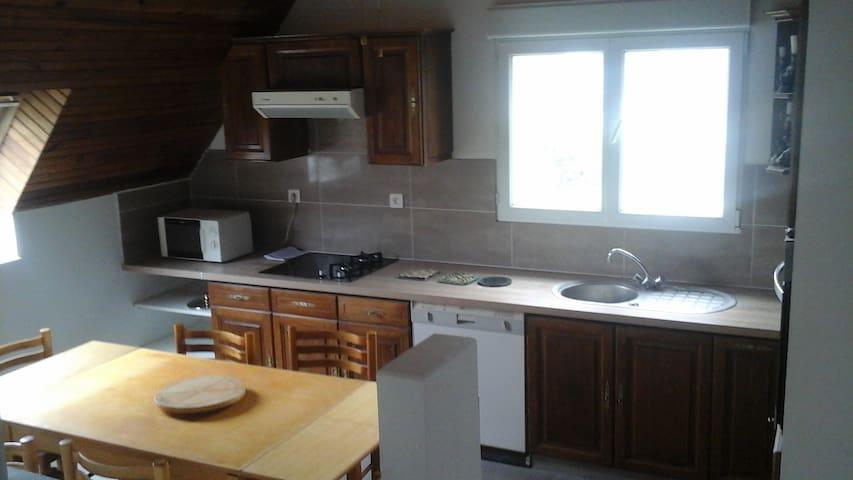 BEL APPARTEMENT T4 - Plonévez-Porzay - Appartement