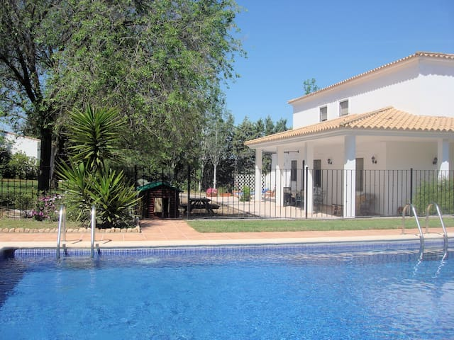 Child Friendly Villa Andalucia Spain - Humilladero - Vila
