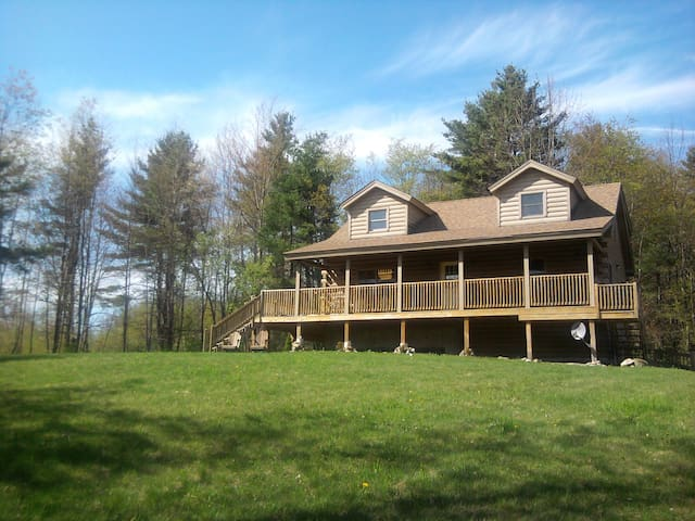 Private Cabin in White Mountains - N. Haverhill - Cabana