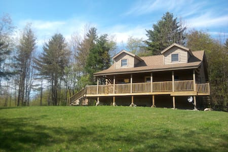 Private Cabin in White Mountains - N. Haverhill - Casa de campo