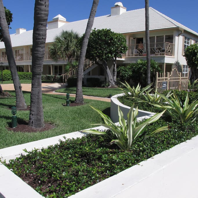 Landex Dover House 1 Bedroom 1 Bath Apartments For Rent In Delray Beach Florida United States
