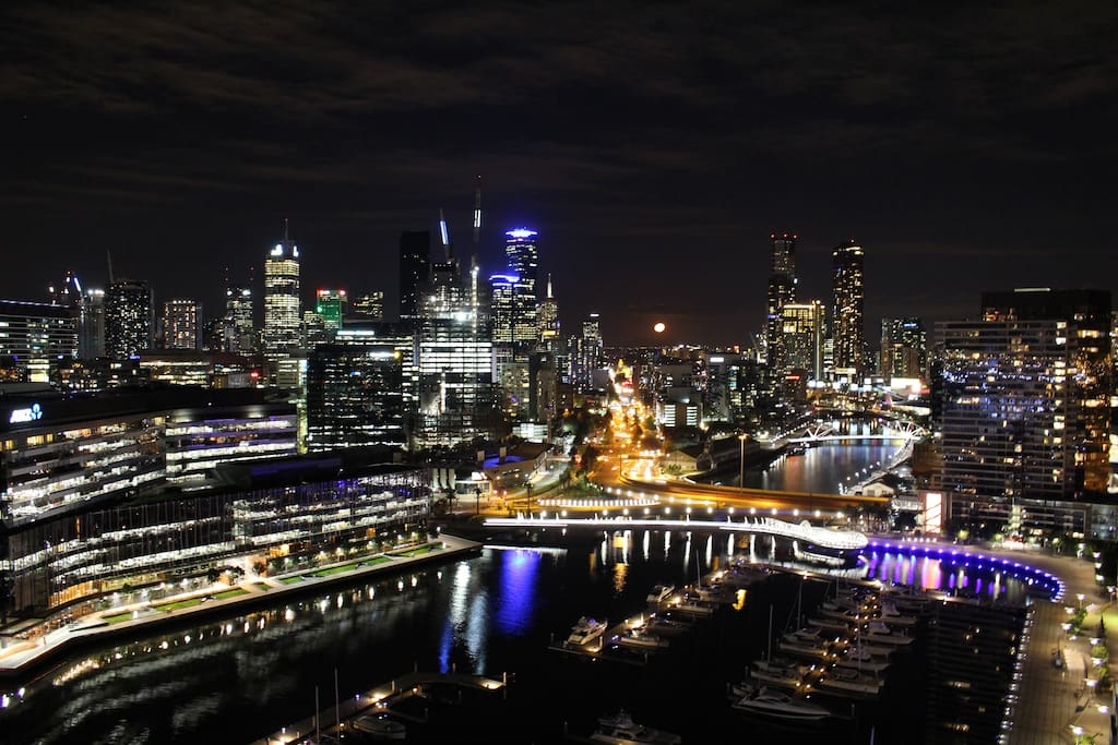 Your night views of Melbourne CBD