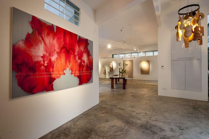 Shalini Ganendra Fine Art Residence - Petaling Jaya
