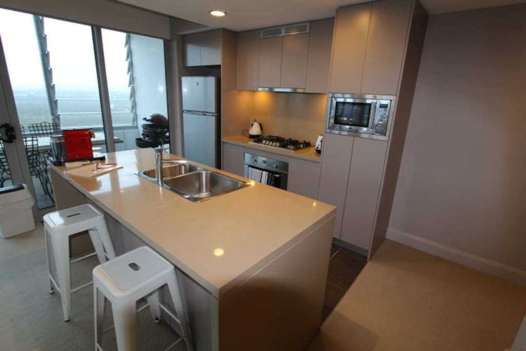 Fully equipped kitchen with view