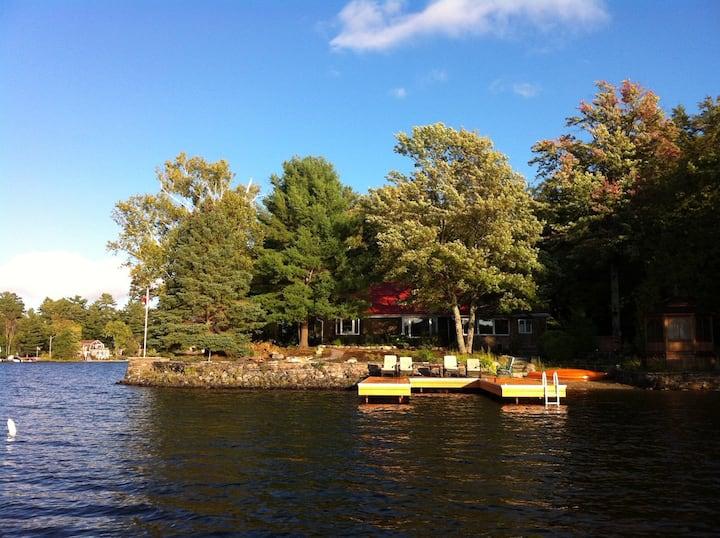 Spectacular Muskoka Waterfront Cottage