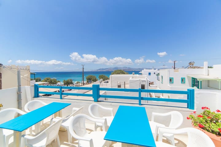 Spacious Family Apartment 30 Meters from the Beach