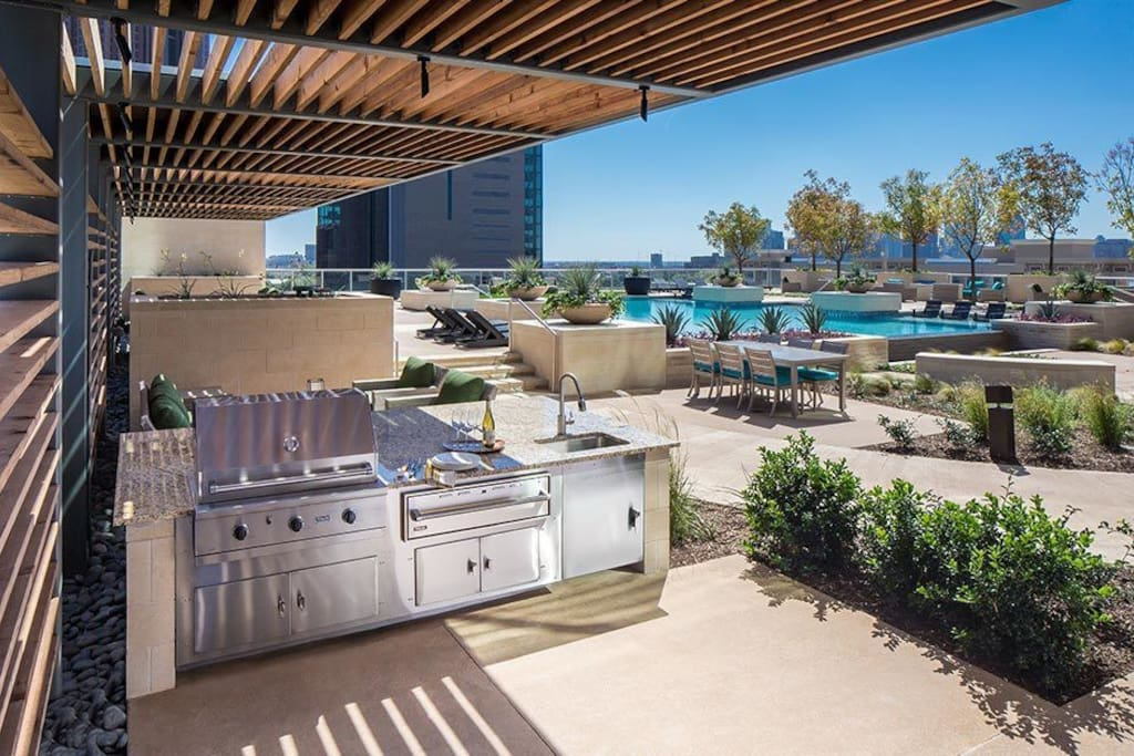 BBQ and Covered Cabanas