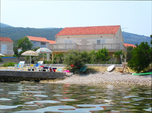 Apartments Druskovic Korcula, bay of Kneza - Račišće - Apartment