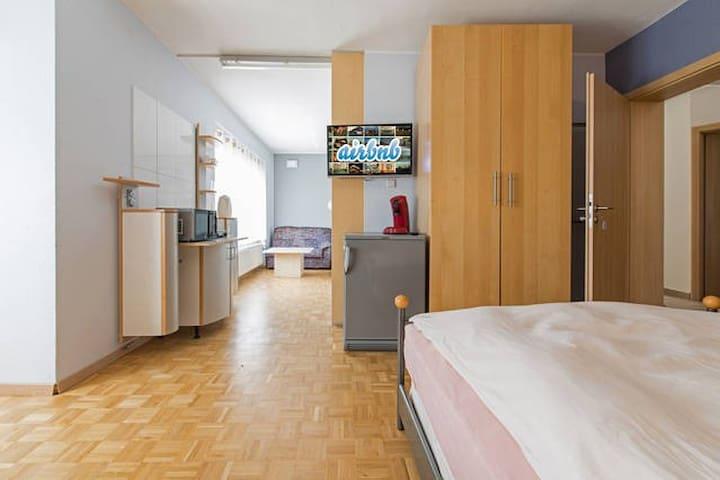 3er-Zimmer als Suite - Mörfelden-Walldorf - Hus