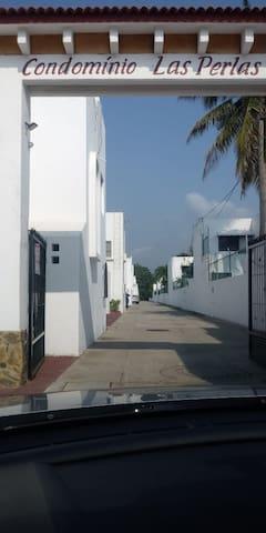 Bonita casa en el corazon turistico de Manzanillo