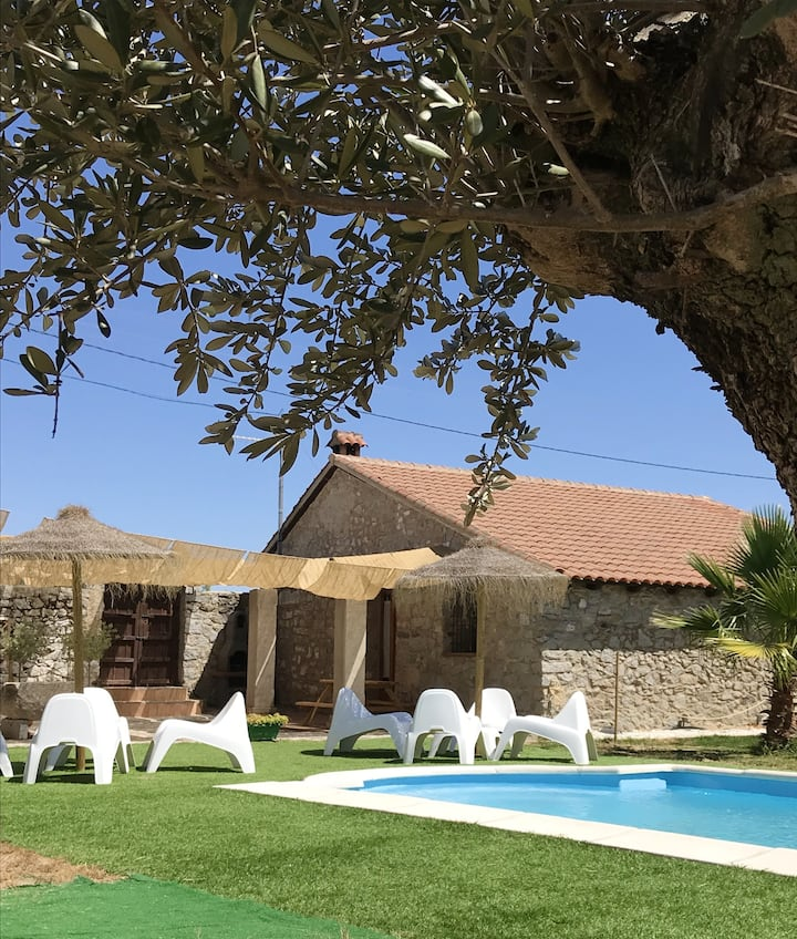 House with 4 bedrooms in Alcaracejos, with shared pool, enclosed garden and WiFi