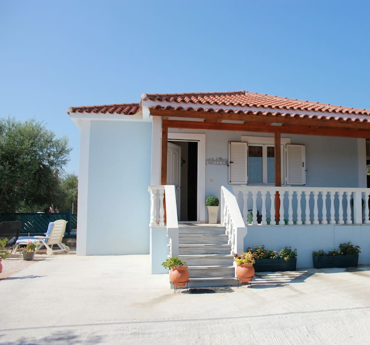 Detached, private and fully enclosed villa for your sole use