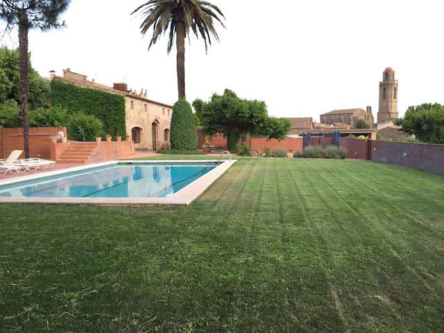 Ferienhaus mit Pool für 8 Personen - Corçà - Dom