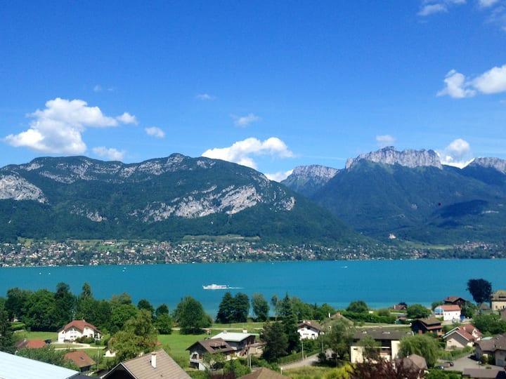 Maison belle vue lac d'Annecy