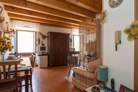 Casa sul lungolago di Limone s/G - Limone Sul Garda - Apartmen