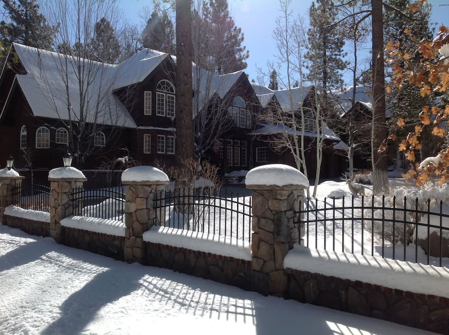 Front of the estate in Winter.