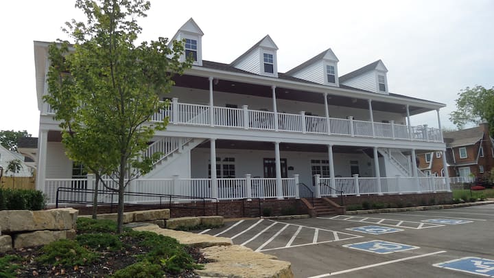 The Inn at Elijah McLean's - Room 101