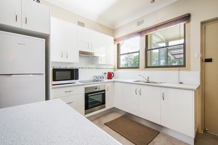 Apartments One 9 Two - Grafton - Serviced flat