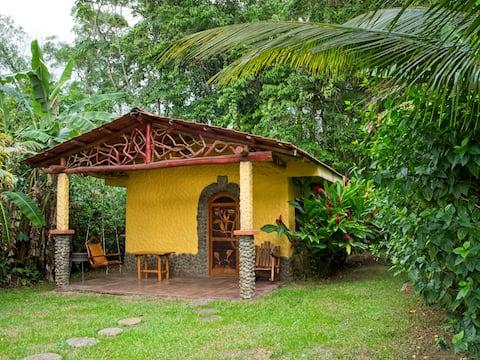 Tucano Rainforest Casita met Hot Springs