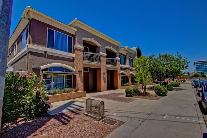 tempe retreat condominiums for rent in tempe arizona united states