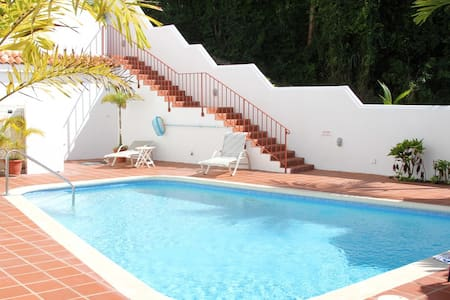 Beach Walk Barbados condo with pool - Gibbs - Apartment