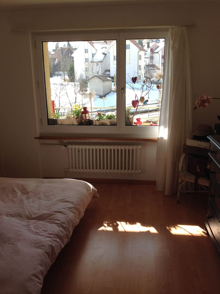 Spacious, quiet double bed, room with beautiful view.