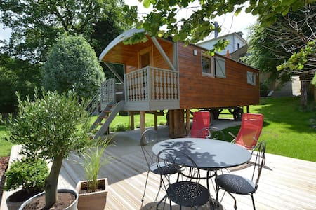 Charming Holiday Home in Malmedy with Sauna, Terrace, BBQ